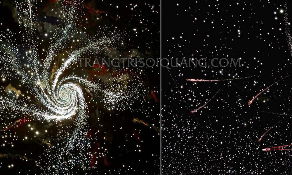 Trần sao nhân tạo tùy biến được trang trí với việc mang cả bầu trời đêm vào không gian nội thất của bạn. Mang đến điểm nhấn đặc biệt, độc đáo riêng. Đắm chìm vào bầu trời đầy sao lung linh ngay trong không gian nhà bạn. Cũng như mang đến cái nhìn mới lạ, gây ấn tượng cho người đến thăm.