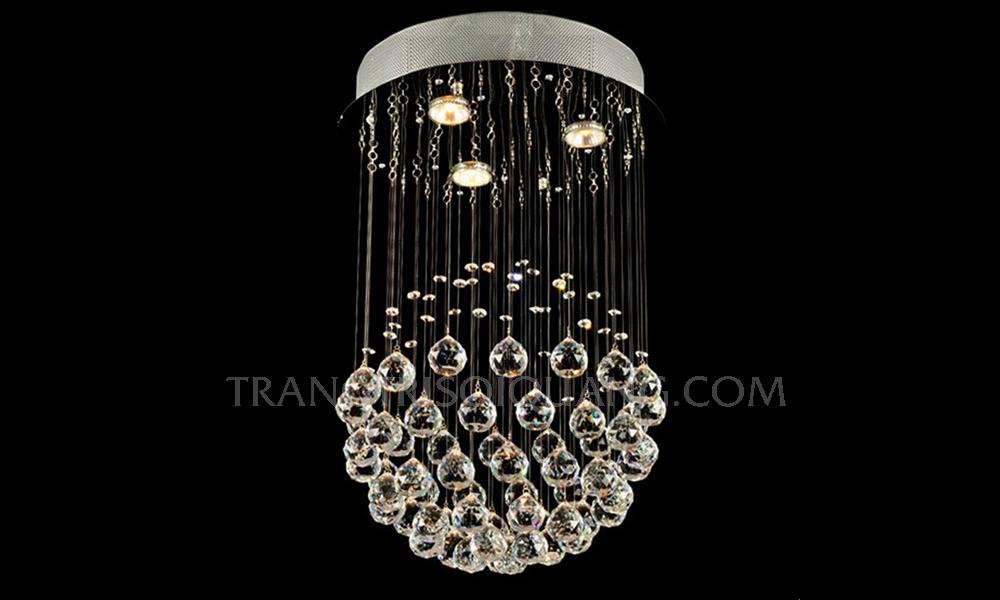 Sản phẩm lấy phong cách Châu Âu cổ điển làm nền tảng, từ đó tạo ra một chiếc đèn pha lê sợi quang độc đáo. Những sợi quang phát ra nguồn ánh sáng rực rỡ cho đèn chùm. Với những thiết kế tinh tế, đèn chùm là sự lựa chọn hoàn mỹ nhất cho không gian phòng của bạn.